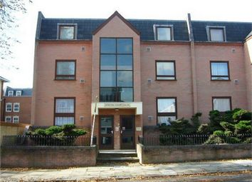 Thumbnail 1 bed flat to rent in 1A Avenue Road, Isleworth, Greater London