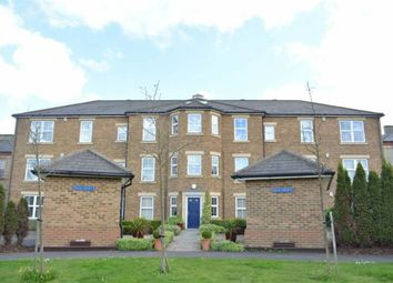 Thumbnail 3 bedroom flat to rent in Horton Crescent, Epsom