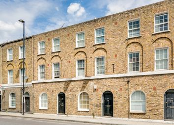 Thumbnail 2 bed flat for sale in New College Mews, College Cross, London
