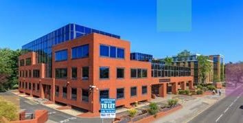 Thumbnail Office to let in Grosvenor House, 65-71 London Road, Redhill, Surrey