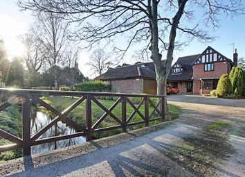 Thumbnail 5 bed detached house for sale in Mallards Reach, Cottingham