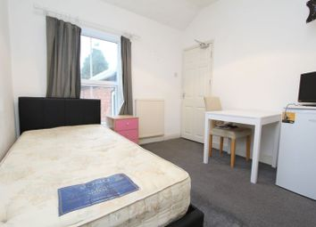 Thumbnail Room to rent in West Bromwich Road, Walsall