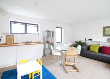 3 bed end terrace house to rent in Mount Pleasant Villas, London N4