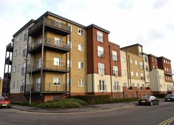 Thumbnail 1 bed flat to rent in Langstone Way, London