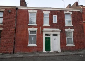 Thumbnail 5 bed property to rent in Christ Church Street, Preston