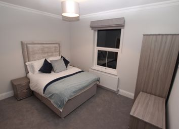 Thumbnail 1 bed flat to rent in Helena House Brownlow Road, Reading