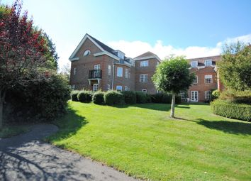 Thumbnail 2 bed flat for sale in 32 Ravens Court, Castle Village, Berkhamsted, Hertfordshire