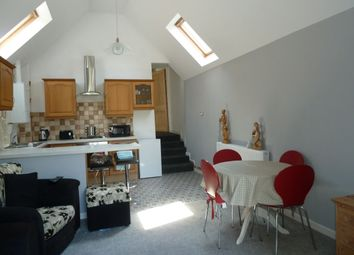 Thumbnail 2 bed flat to rent in Alexandra Terrace, Exmouth