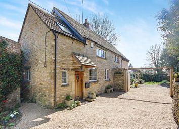 Thumbnail 3 bed cottage for sale in Meadow Lane, Fulbrook, Burford