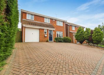 Thumbnail 4 bedroom detached house for sale in Biddenden Court, Basildon, Essex