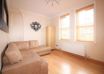 Thumbnail 1 bed flat to rent in Hayles Building Elliott's Row, Elephant And Castle, London