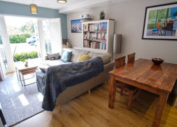 Thumbnail 2 bed flat for sale in 55 Cookham Road, Maidenhead