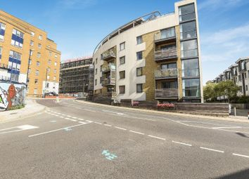 Thumbnail 2 bed flat for sale in Cheapside, Brighton