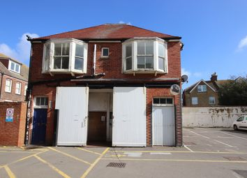 Thumbnail 2 bed flat to rent in Endwell Road, Bexhill-On-Sea
