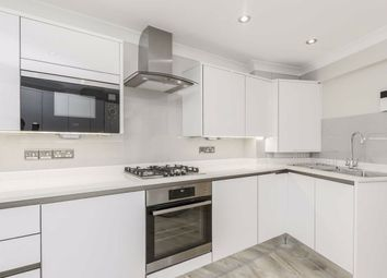 Thumbnail 2 bed flat to rent in Walcot Square, London