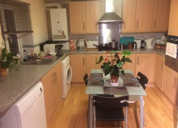 Thumbnail 2 bed flat to rent in Manor Road, Wallington