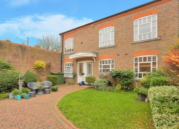 Thumbnail 1 bed property to rent in Milliners Court, St Albans, Herts