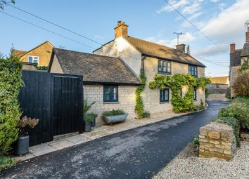 4 bed cottage for sale in Chapel Street, Stow On The Wold, Cheltenham, Gloucestershire GL54