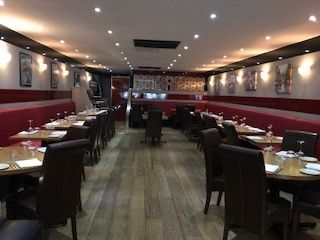 Thumbnail Restaurant/cafe for sale in Limpsfield Road, Sanderstead, South Croydon