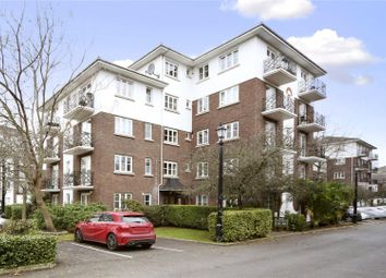 Thumbnail 2 bedroom flat for sale in Brompton Park Crescent, Fulham, London