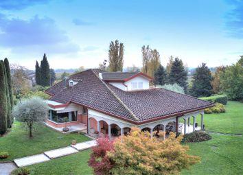 Thumbnail 4 bed villa for sale in Sirmione, Brescia, Lombardia