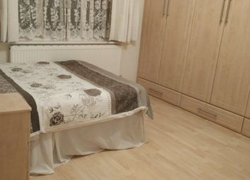 Room to rent in Redbridge Lane East, Redbridge IG4,