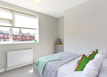 Room to rent in Silver Royd Hill, Leeds LS12