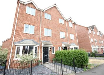 Thumbnail 4 bed town house to rent in Thatcham Avenue, Kingsway, Quedgeley