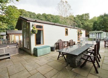 Thumbnail 2 bed mobile/park home for sale in 31 Pony Meadows, White Cross Bay, Windermere