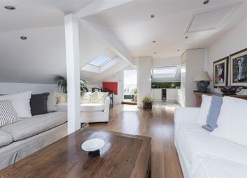 Thumbnail 3 bedroom flat for sale in Sisters Avenue, Clapham, London