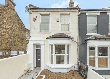 2 bed maisonette for sale in Nunhead Grove, London SE15