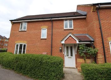 3 bed semi-detached house to rent in Swallows Croft, Reading RG1