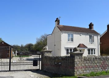 Thumbnail 3 bed detached house for sale in Mill Lane, Brigg