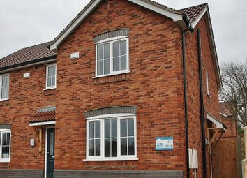 Thumbnail 2 bed town house for sale in Hopfield, Hibaldstow, Brigg