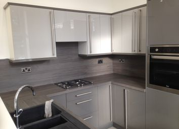 Thumbnail 2 bedroom flat to rent in Cecil Avenue, Gt Horton, Bradford
