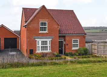 4 bed detached house for sale in Bee Orchid Close, Clanfield, Waterlooville PO8