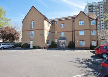 Thumbnail 1 bed flat to rent in Sutton Road, Headington