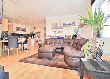 Thumbnail 1 bed flat to rent in Lansdowne Way, Stockwell, Stockwell