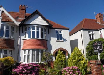 Thumbnail 1 bed flat to rent in Lawrence Road, Hove