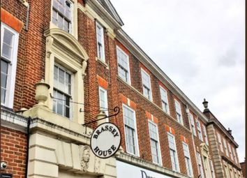 Thumbnail 1 bed flat to rent in New Zealand Avenue, Walton On Thames, Surrey