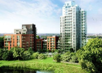 Thumbnail 3 bed flat for sale in Woodberry Down, Stoke Newington