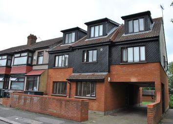 Thumbnail 1 bedroom flat to rent in Overton Court, Cavendish Road