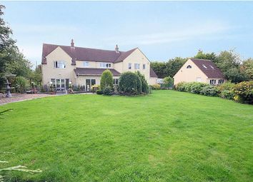 Thumbnail 5 bedroom detached house for sale in The Hawthorns, Eaton Bray, Beds