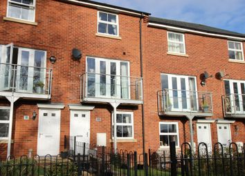 Thumbnail 4 bed property for sale in Eton Walk, Exeter