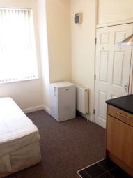 Thumbnail Studio to rent in Copley Road, Doncaster