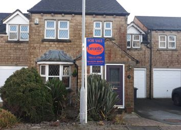 4 bed link-detached house for sale in Pendle Court, Queensbury, Bradford BD13