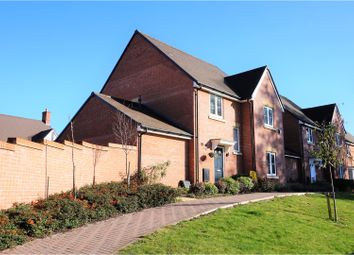 Thumbnail 4 bed detached house for sale in Wright Close, Bushey