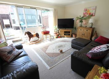 3 bed property to rent in Horsmonden Close, Orpington BR6