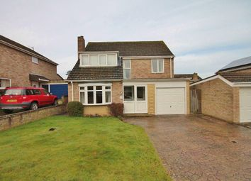 Thumbnail 4 bed detached house to rent in Benmead Road, Kidlington