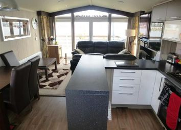 Thumbnail 2 bed mobile/park home for sale in Barholm Road, Tallington Lakes, Stamford